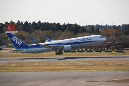shimayanJPさんが、成田国際空港で撮影した全日空 767-381/ERの航空フォト(飛行機 写真・画像)