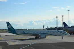 Rsaさんが、コペンハーゲン国際空港で撮影したエア・ドロミティ ERJ-190-200 LR (ERJ-195LR)の航空フォト(飛行機 写真・画像)