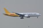 kuro2059さんが、香港国際空港で撮影したサザン・エア 777-FZBの航空フォト(飛行機 写真・画像)