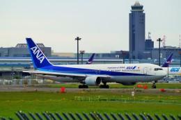 ちっとろむさんが、成田国際空港で撮影した全日空 767-381/ERの航空フォト(飛行機 写真・画像)
