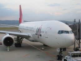 double_licenseさんが、関西国際空港で撮影した日本航空 777-289の航空フォト(飛行機 写真・画像)