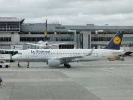 航空フォト:D-AIUH ルフトハンザドイツ航空 A320