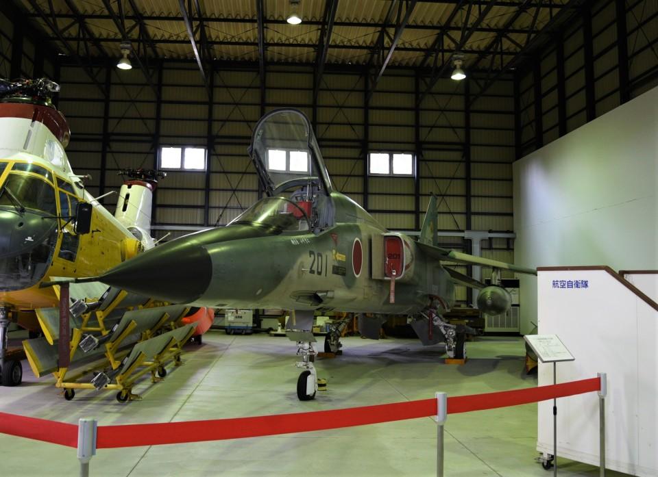 RyuRyu1212さんの航空自衛隊 Mitsubishi F-1 (70-8201) 航空フォト