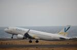 東亜国内航空さんが、奄美空港で撮影したバニラエア A320-214の航空フォト(飛行機 写真・画像)