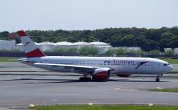 050813さんが、成田国際空港で撮影したオーストリア航空 777-2B8/ERの航空フォト(飛行機 写真・画像)