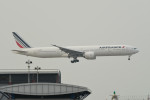 kuro2059さんが、香港国際空港で撮影したエールフランス航空 777-328/ERの航空フォト(飛行機 写真・画像)