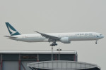 kuro2059さんが、香港国際空港で撮影したキャセイパシフィック航空 777-367/ERの航空フォト(飛行機 写真・画像)