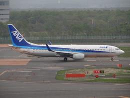 bb212さんが、新千歳空港で撮影した全日空 737-881の航空フォト(飛行機 写真・画像)
