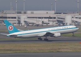muneyan007さんが、羽田空港で撮影した全日空 767-381の航空フォト(飛行機 写真・画像)