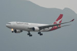 kuro2059さんが、香港国際空港で撮影したカンタス航空 A330-202の航空フォト(飛行機 写真・画像)