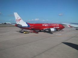 しかばねさんが、ブリスベン空港で撮影したヴァージン・ブルー 737-43Qの航空フォト(飛行機 写真・画像)