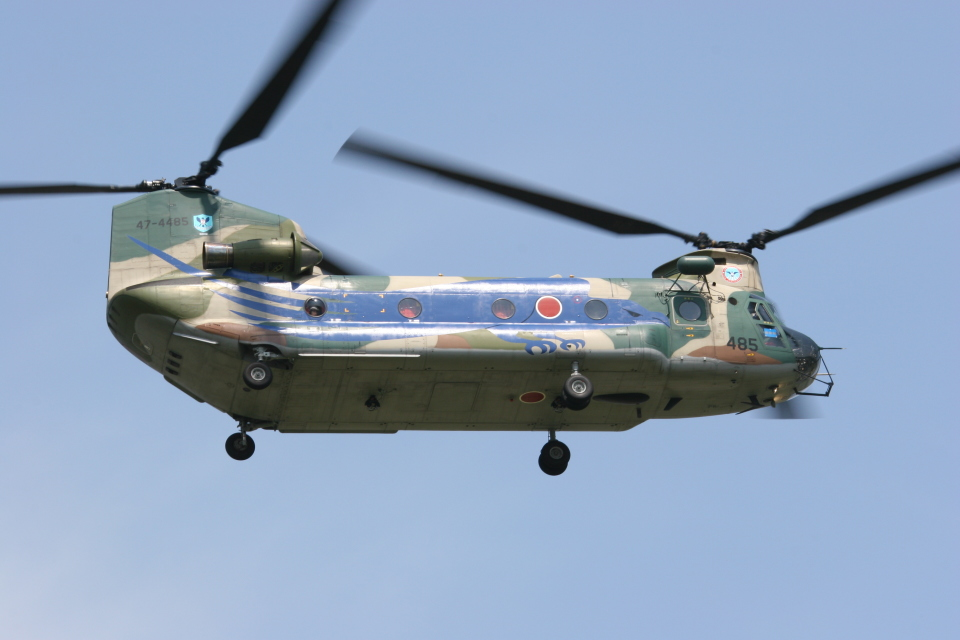 F-4さんの航空自衛隊 Kawasaki CH-47J Chinook (47-4485) 航空フォト