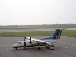 kumapapaさんが、多良間空港で撮影した琉球エアーコミューター DHC-8-103 Dash 8の航空フォト(飛行機 写真・画像)