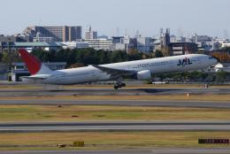 lonely-wolfさんが、伊丹空港で撮影した日本航空 777-346の航空フォト(飛行機 写真・画像)