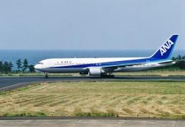 ヒロジーさんが、鳥取空港で撮影した全日空 767-381の航空フォト(飛行機 写真・画像)