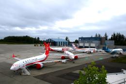 かみじょー。さんが、ペインフィールド空港で撮影したスパイスジェット 737-8MAの航空フォト(飛行機 写真・画像)