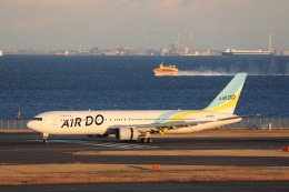OS52さんが、羽田空港で撮影したAIR DO 767-33A/ERの航空フォト(飛行機 写真・画像)