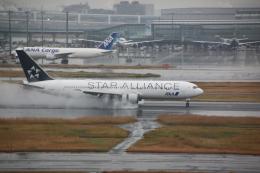 shimayanJPさんが、羽田空港で撮影した全日空 767-381/ERの航空フォト(飛行機 写真・画像)