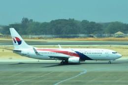 Hiro Satoさんが、ヤンゴン国際空港で撮影したマレーシア航空 737-8H6の航空フォト(飛行機 写真・画像)