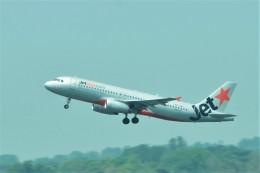 Hiro Satoさんが、ヤンゴン国際空港で撮影したジェットスター・アジア A320-232の航空フォト(飛行機 写真・画像)