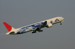 tsubameさんが、福岡空港で撮影した日本航空 777-346の航空フォト(飛行機 写真・画像)