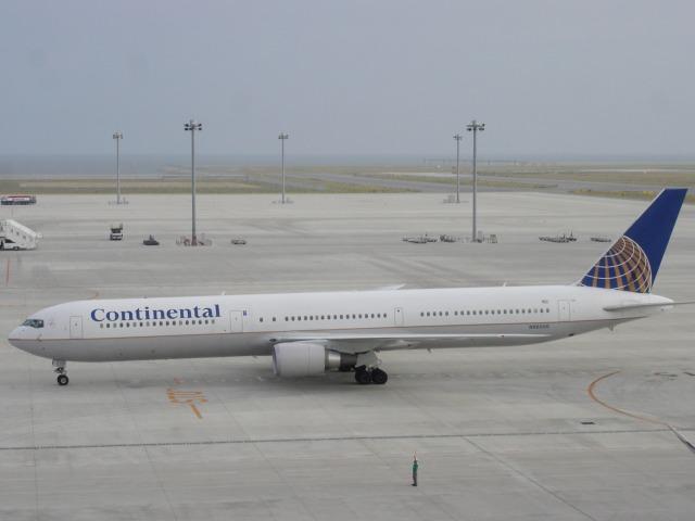 thomasYVRさんが、中部国際空港で撮影したコンチネンタル航空 767-424/ERの航空フォト(飛行機 写真・画像)