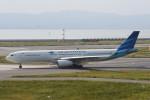 kuro2059さんが、関西国際空港で撮影したガルーダ・インドネシア航空 A330-343Eの航空フォト(飛行機 写真・画像)
