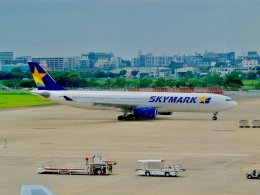 ふくそうじさんが、福岡空港で撮影したスカイマーク A330-343Xの航空フォト(飛行機 写真・画像)