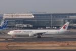 KAZFLYERさんが、羽田空港で撮影した中国東方航空 777-39P/ERの航空フォト(飛行機 写真・画像)