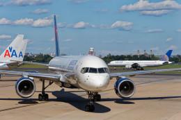Airliners Freakさんが、ロナルド・レーガン・ワシントン・ナショナル空港で撮影したデルタ航空 757-232の航空フォト(飛行機 写真・画像)