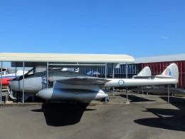 Smyth Newmanさんが、カナディアンミュージアムオブフライトで撮影したカナダ軍 DH.100 Vampire F3の航空フォト(飛行機 写真・画像)