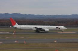 ゆう.さんが、新千歳空港で撮影した日本航空 777-346の航空フォト(飛行機 写真・画像)