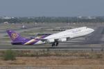 かずまっくすさんが、スワンナプーム国際空港で撮影したタイ国際航空 747-4D7の航空フォト(飛行機 写真・画像)