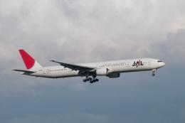 ポン太さんが、羽田空港で撮影した日本航空 777-346の航空フォト(飛行機 写真・画像)
