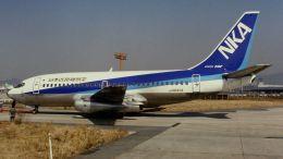 cathay451さんが、伊丹空港で撮影した日本近距離航空 737-281の航空フォト(飛行機 写真・画像)
