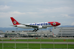 tsubameさんが、福岡空港で撮影したエーデルワイス航空 A330-223の航空フォト(飛行機 写真・画像)