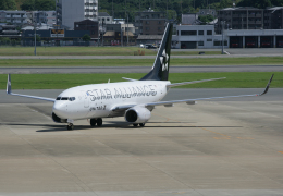 tsubameさんが、福岡空港で撮影したユナイテッド航空 737-724の航空フォト(飛行機 写真・画像)