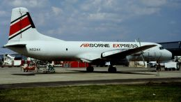 cathay451さんが、ルイ・アームストロング・ニューオーリンズ国際空港で撮影したエアーボーンエクスプレス YS-11A-500の航空フォト(飛行機 写真・画像)