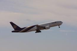 ゆう.さんが、成田国際空港で撮影したタイ国際航空 777-2D7の航空フォト(飛行機 写真・画像)