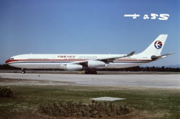 tassさんが、北京首都国際空港で撮影した中国東方航空 A340-313Xの航空フォト(飛行機 写真・画像)