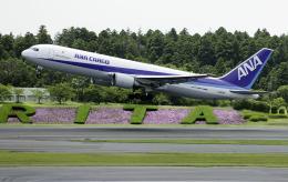 planetさんが、成田国際空港で撮影した全日空 767-381Fの航空フォト(飛行機 写真・画像)