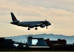 monjiro22001さんが、伊丹空港で撮影したジェイ・エア ERJ-190-100(ERJ-190STD)の航空フォト(飛行機 写真・画像)