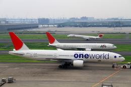 shibu03さんが、羽田空港で撮影した日本航空 777-246の航空フォト(飛行機 写真・画像)