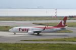 kuro2059さんが、関西国際空港で撮影したティーウェイ航空 737-8KNの航空フォト(飛行機 写真・画像)