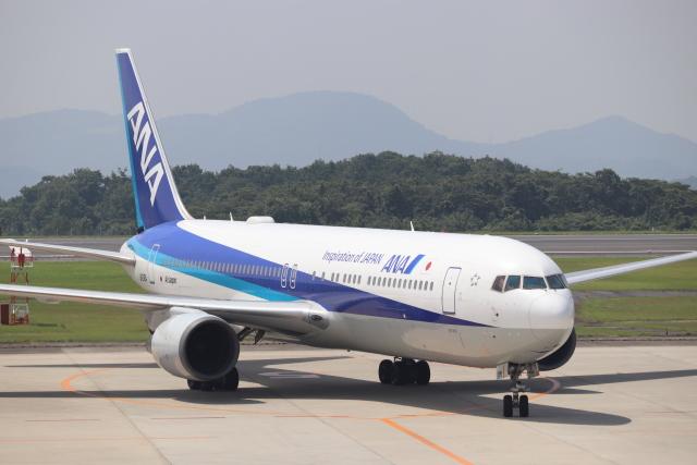 hanatomo735さんが、広島空港で撮影した全日空 767-381/ERの航空フォト(飛行機 写真・画像)