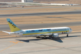 senyoさんが、羽田空港で撮影したAIR DO 767-33A/ERの航空フォト(飛行機 写真・画像)