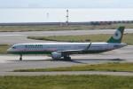 kuro2059さんが、関西国際空港で撮影したエバー航空 A321-211の航空フォト(飛行機 写真・画像)