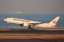 hanatomo735さんが、羽田空港で撮影した日本航空 777-246/ERの航空フォト(飛行機 写真・画像)