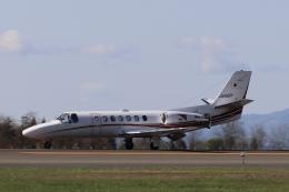 青森の爆漕さんが、青森空港で撮影した読売新聞 560 Citation Encore+の航空フォト(飛行機 写真・画像)