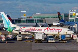 Airliners Freakさんが、ジョン・F・ケネディ国際空港で撮影したカリビアン航空 737-8Q8の航空フォト(飛行機 写真・画像)